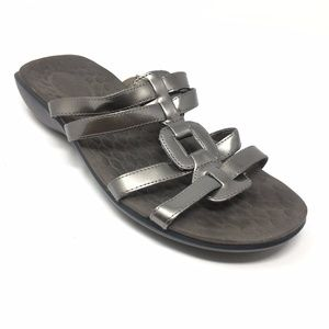 efe433a62b0 Privo by Clarks · Women s Privo by Clarks Flip Flops Sandals Sz 8.5M